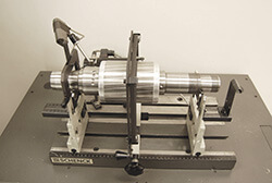 SHENCK-BALANCER-WITH-Tsugami-SPINDLE-SHAFT