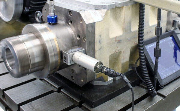 A Saccardo spindle instrumented for vibration and balance testing.